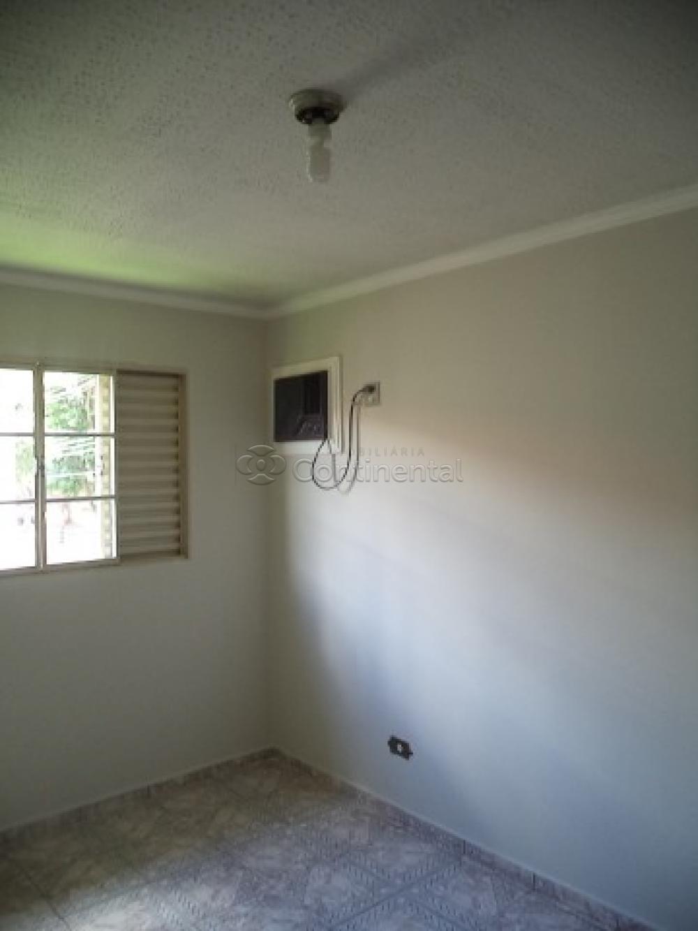 Alugar Apartamento / Padrão em Dourados R$ 500,00 - Foto 3