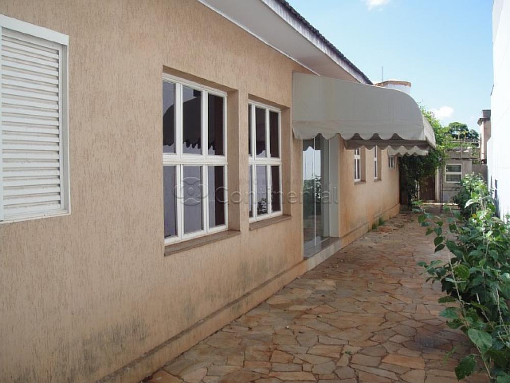 Alugar Casa / Padrão em Dourados R$ 3.900,00 - Foto 6