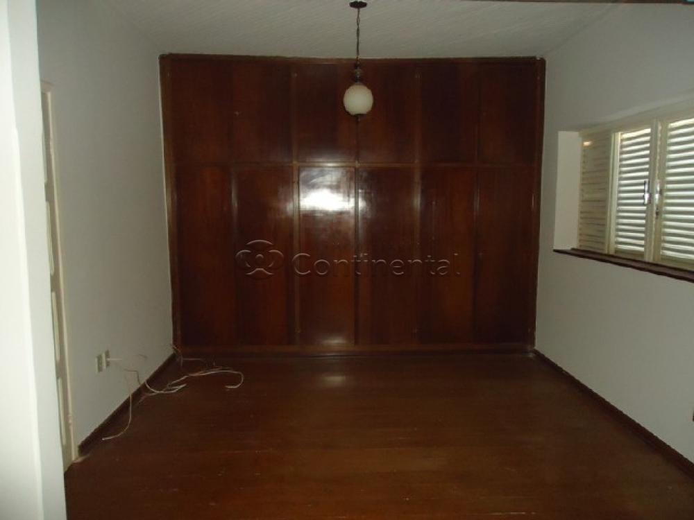Alugar Casa / Padrão em Dourados R$ 3.900,00 - Foto 15