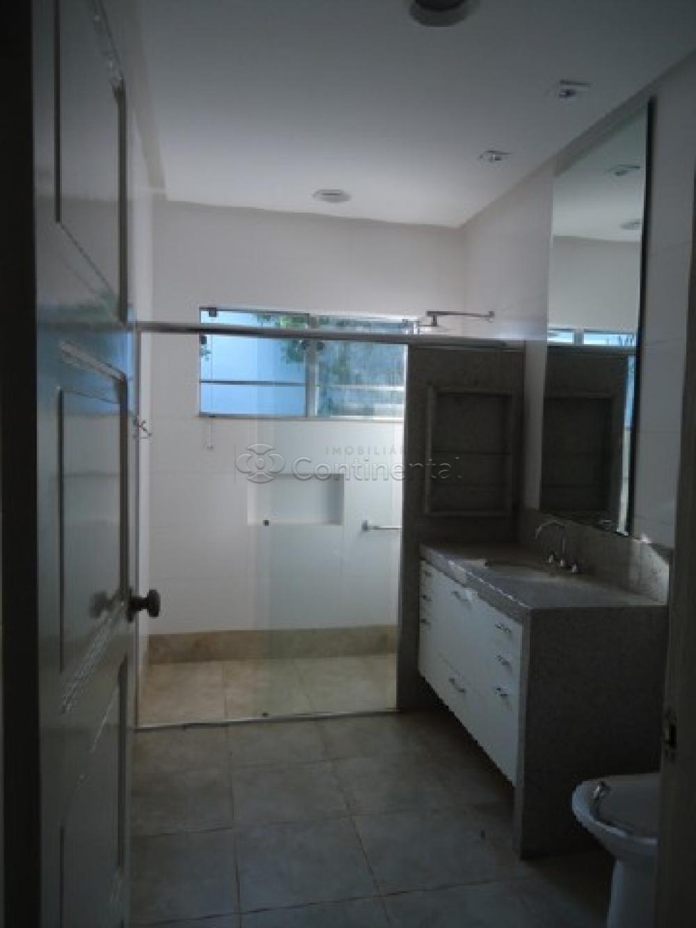 Alugar Casa / Padrão em Dourados R$ 3.900,00 - Foto 17