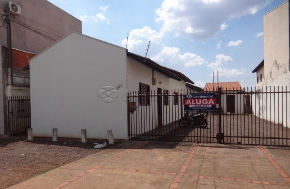 Alugar Apartamento / Kitinete em Dourados R$ 500,00 - Foto 1