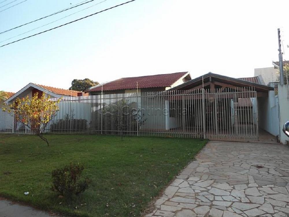 Alugar Casa / Padrão em Dourados R$ 3.000,00 - Foto 1