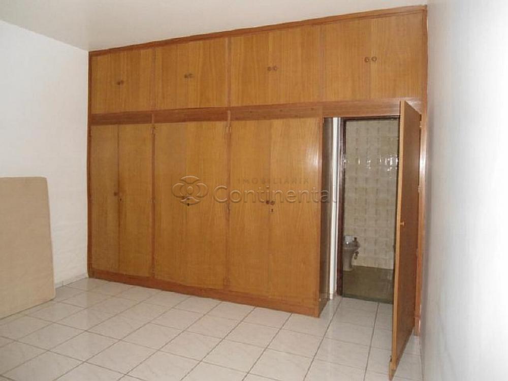 Alugar Casa / Padrão em Dourados R$ 3.000,00 - Foto 15