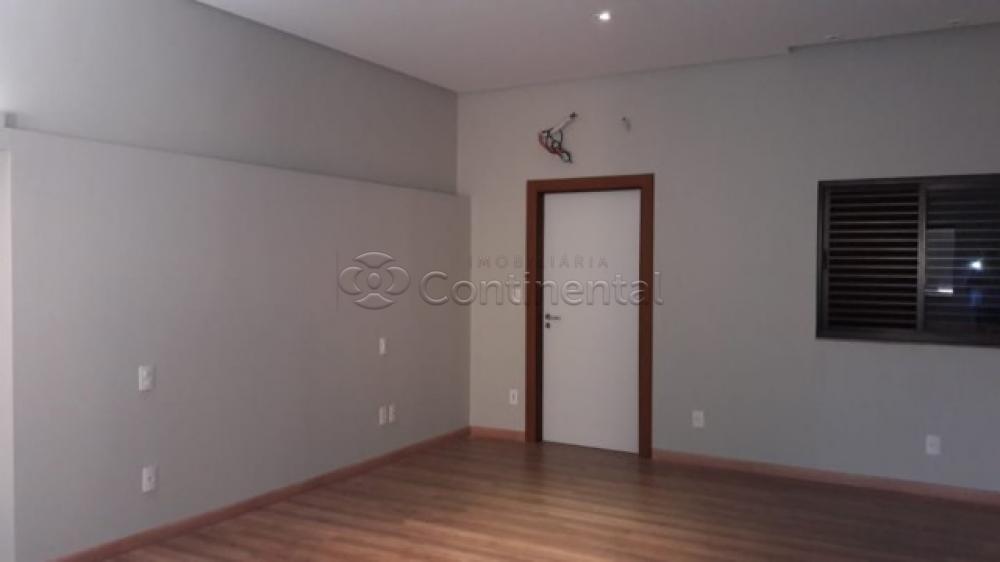 Comprar Casa / Padrão em Dourados R$ 1.200.000,00 - Foto 4