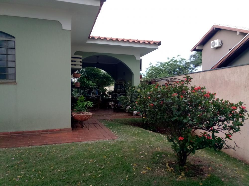 Comprar Casa / Padrão em Dourados R$ 2.000.000,00 - Foto 5