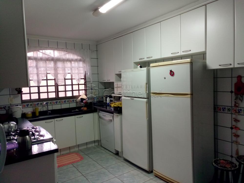 Comprar Casa / Padrão em Dourados R$ 2.000.000,00 - Foto 32