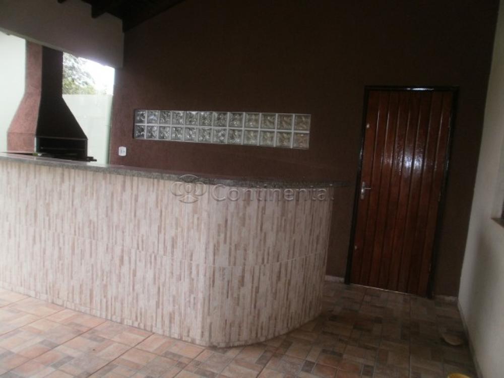 Comprar Casa / Padrão em Dourados R$ 500.000,00 - Foto 8