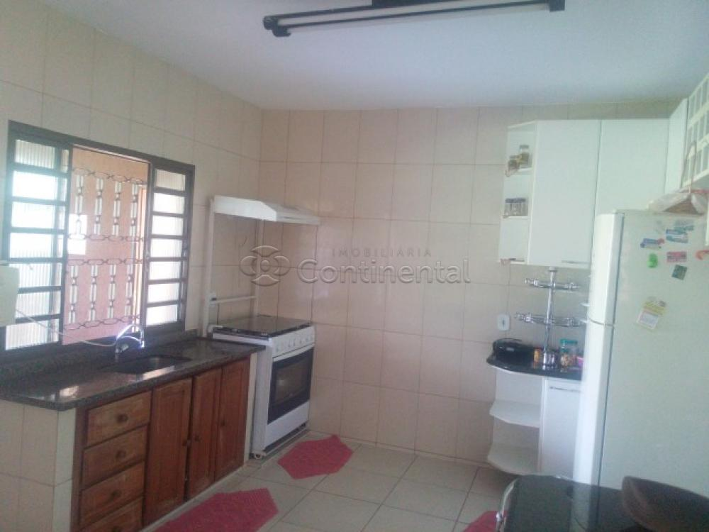 Comprar Casa / Padrão em Dourados R$ 500.000,00 - Foto 14