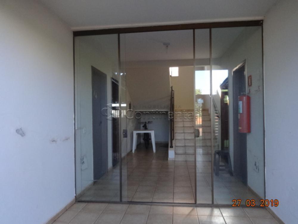 Alugar Apartamento / Padrão em Dourados R$ 650,00 - Foto 2