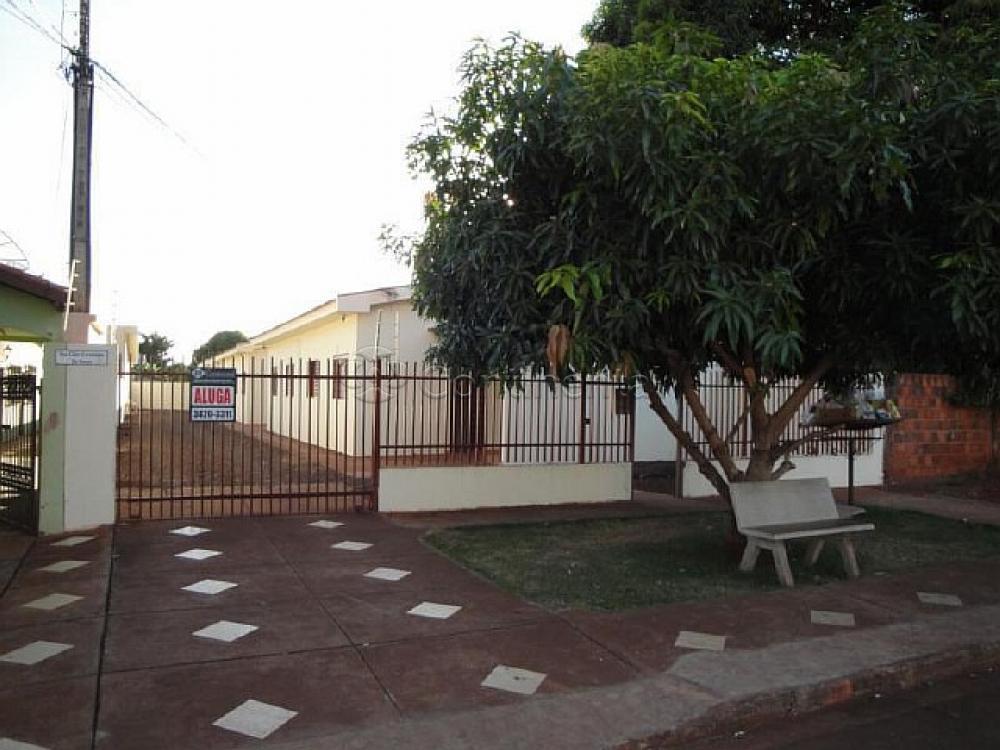 Alugar Apartamento / Kitinete em Dourados R$ 660,00 - Foto 5