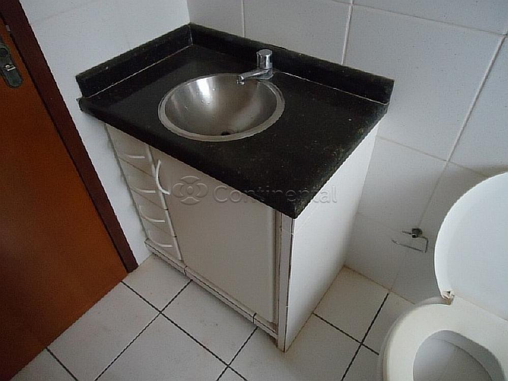 Alugar Apartamento / Padrão em Dourados R$ 1.200,00 - Foto 5