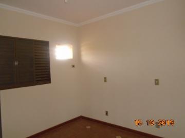 Alugar Apartamento / Padrão em Dourados R$ 1.100,00 - Foto 12