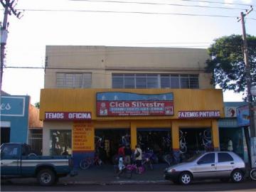Alugar Apartamento / Kitinete em Dourados R$ 500,00 - Foto 2