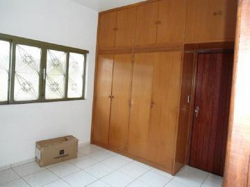 Alugar Casa / Padrão em Dourados R$ 3.000,00 - Foto 9