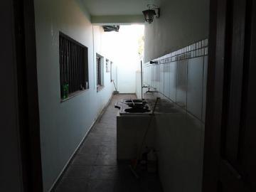 Alugar Casa / Padrão em Dourados R$ 3.000,00 - Foto 17
