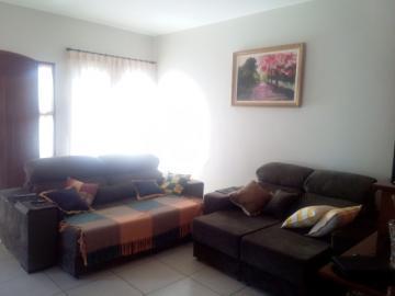 Comprar Casa / Padrão em Dourados R$ 500.000,00 - Foto 10