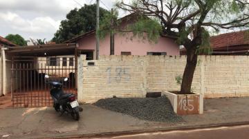 Alugar Casa / Padrão em Dourados. apenas R$ 110.000,00