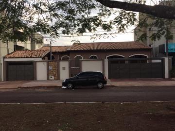 Alugar Casa / Padrão em Dourados. apenas R$ 1.600.000,00