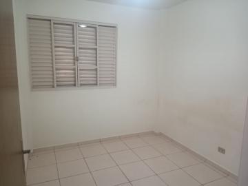 Comprar Apartamento / Padrão em Dourados R$ 200.000,00 - Foto 4
