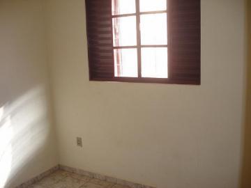 Alugar Apartamento / Kitinete em Dourados R$ 660,00 - Foto 8