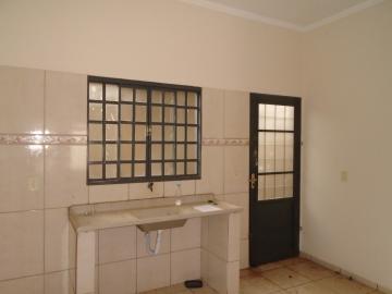 Alugar Apartamento / Kitinete em Dourados R$ 600,00 - Foto 7